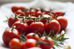 tomatoes-3574426_1920